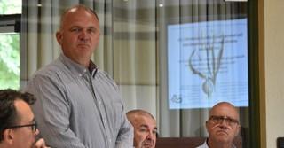 Stadtrat Gerhard Groß ist selbst Landwirt und kennt die Problematik.