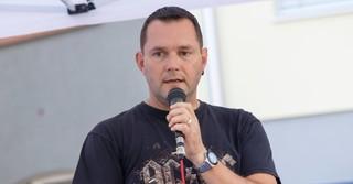 Thomas Krick erklärt den Band-Contest.