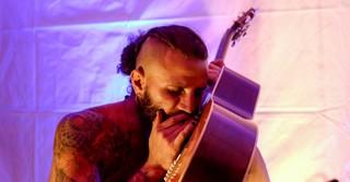 Kreative Auftritte und musikalische Auftritte sorgen für ein gelungenes Festival.