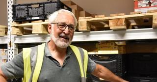 Vorstandsmitglied Harald Geib ist seit fast drei Jahren bei der Gelnhäuser Tafel tätig.