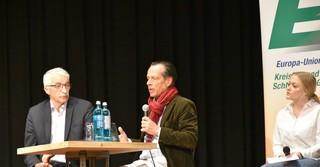 (links) Willi Staaf und (rechts) aus der Europa Union Frankfurt Klaus Klipp