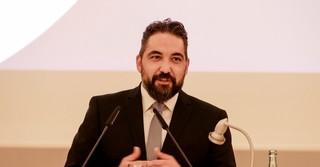 Ahmet Cetiner moderierte den Abend.