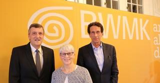 Begeisterten das Publikum mit ihren Redebeiträgen (von links): BWMK-Vorstandsvorsitzender Martin Berg, die Verwaltungsratsvorsitzende Doris Peter und Professor Julian Nida-Rümelin.
