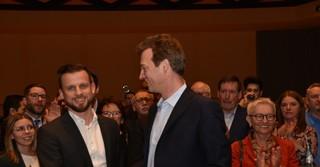 Für Bürgermeisterkandidat Tobias Dillmann (CDU, hier rechts) hat es nicht gereicht.
