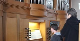 Orgelunterricht in der Stadtkirche.