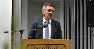 Günter Rau, Vertreter des staatlichen Schulamts für den Main-Kinzig-Kreises.