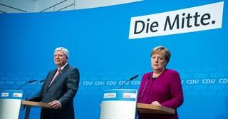 Ministerpräsident Volker Bouffier und Bundeskanzlerin Angela Merkel beraten über neue Lockerungen in Hinblick auf die Corona-Maßnahmen
