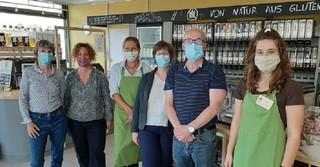 Monika Nickel, Anja Zeller, Verkäuferin des Mittendrin, Anke Ebenbeck, Markus Hofmann, Verkäuferin des Mittendrin