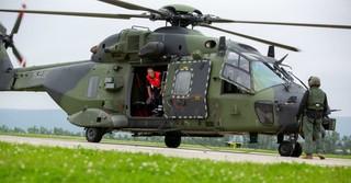 Zusammen mit der Bundeswehr werden ausgeflogene Patienten versorgt