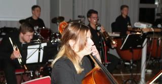 Cellistin Chiara Zinkand