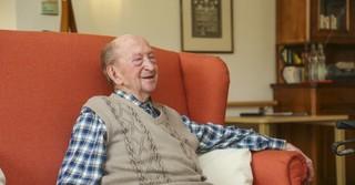 Sesselglückseligkeit in der Senioren-Dependance Neuberg