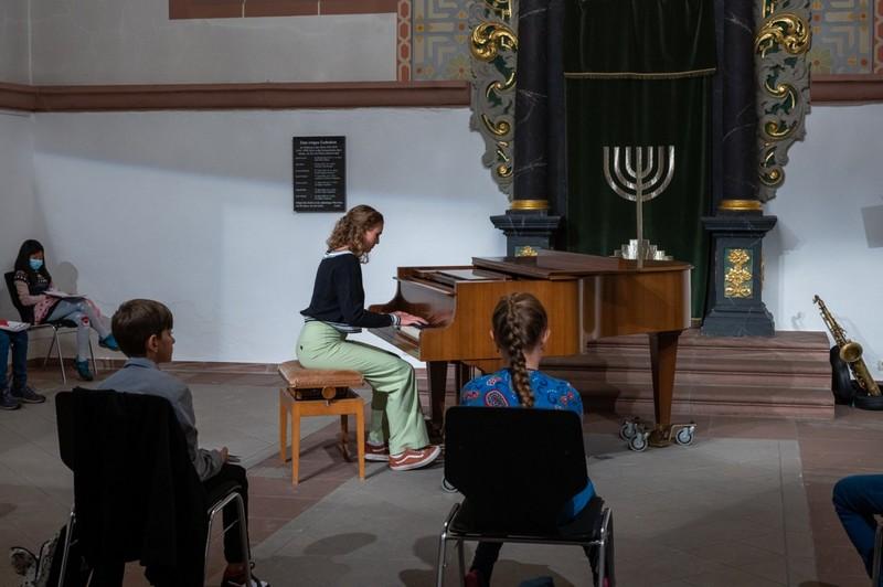 Paula Back - Klavier & Joel Hüttel - Saxophon - Foto: Harry Wenz