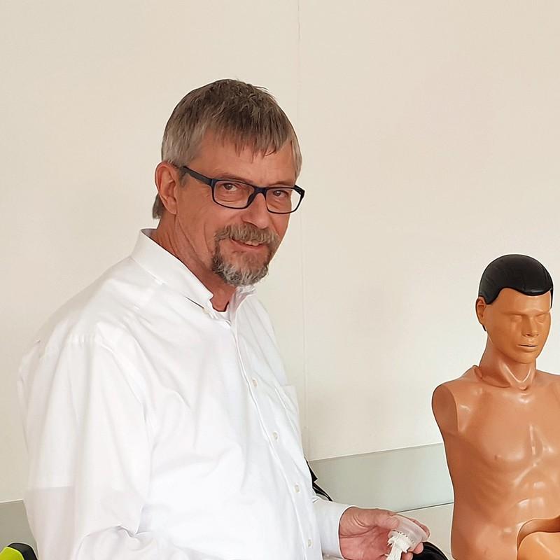 Verabschiedet sich in den Ruhestand: Erste-Hilfe-Ausbildungsleiter Volker Laubenthal.
